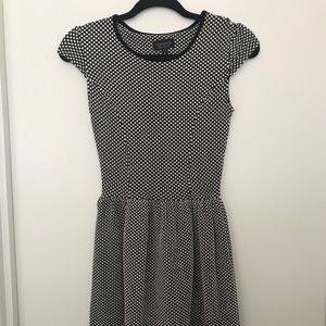Topshop polka dot dress. Super comfy. Size 2.